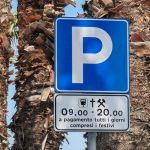 Przepisy drogowe we Włoszech, czyli jak nie zgarnąć mandatu