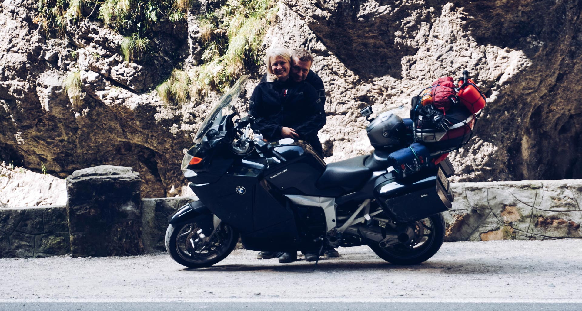 co zabrać w podróż motocyklem