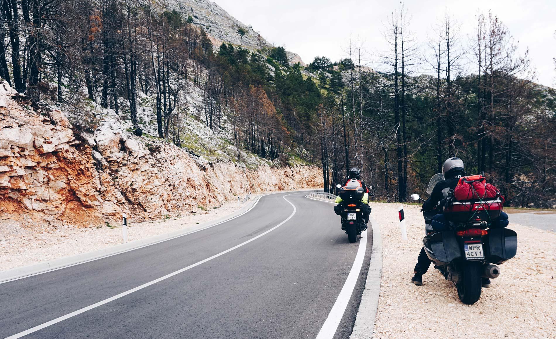 motocyklem przez Lovcen