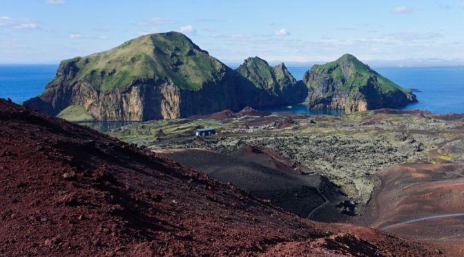 Vestmannaeyjar – Wyspy Ludzi z Zachodu – czyli najpiękniejszy archipelag na Południu Islandii